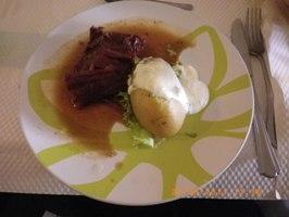 ブッフ・ブルギニオン(牛肉の赤ワイン煮込み)