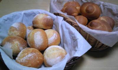プチフランスとロールパン