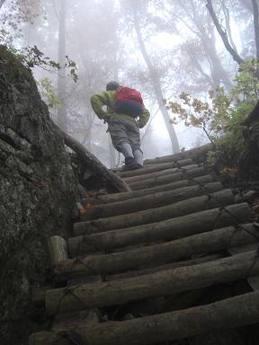行者還岳への登り