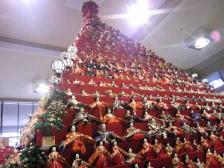 ピラミッド雛祭り