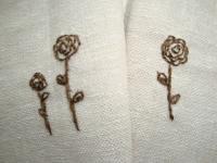 焦げ茶の花