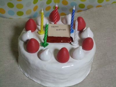 紙粘土でケーキ作り