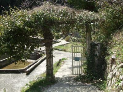 モンシュシュの入口