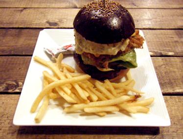『Hungry Heaven(ハングリーヘブン)』のフィッシュバーガー