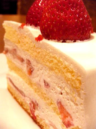 『ハーブス』の苺のショートケーキ