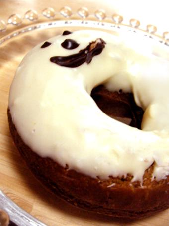 『キィニョン』のカフェオレドーナツ