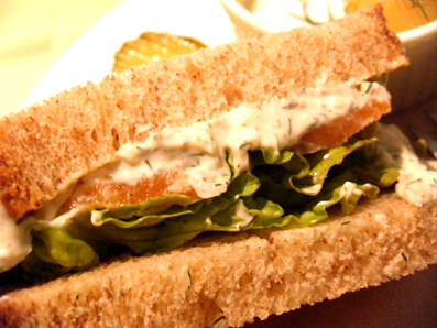 『moi cafe(モイ カフェ)』のサンドイッチ
