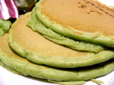 『j.s. pancake cafe(ジェイエス パンケーキカフェ)』のキーマカレーパンケーキ