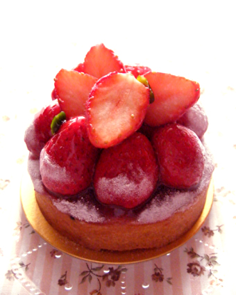 『fraoula(フラウラ)』の苺のタルト