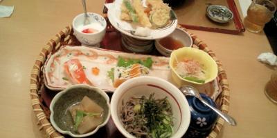 お昼ご飯8