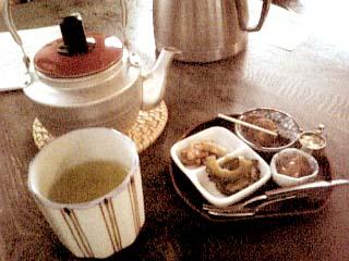 昼行灯ろびん、赤提灯ろびん お番茶セット
