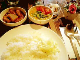 Spice Cafe ペアカレーランチ(野菜+ココナッツ)