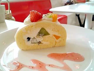 ののロールケーキ フルーツ