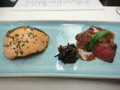 桜鱒とステーキ