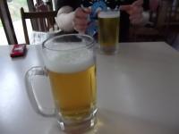 わははっ!昼間っからビール♪