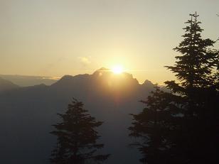 剱岳への夕日