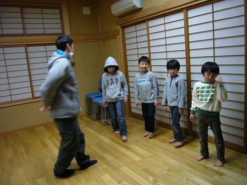 H230323安養寺、戸久獅子舞練習1