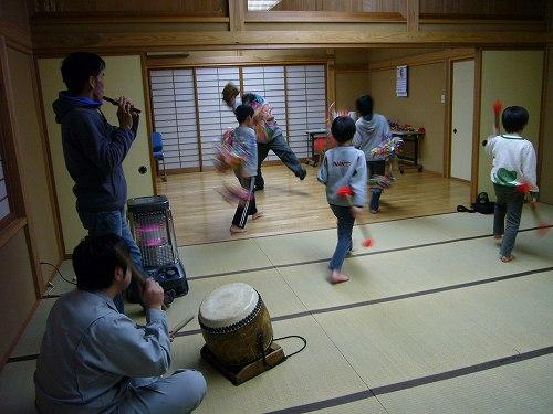 H230323安養寺、戸久獅子舞練習3