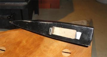 斧のヘッド断面形