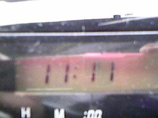 111111_11車の時計