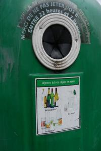 Recycling box in Paris