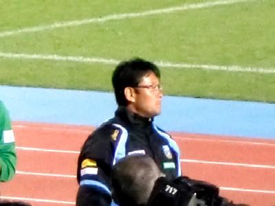 09広島試合後関さん