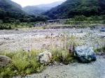 平岩~小滝間で姫川に合流する川と鉄橋