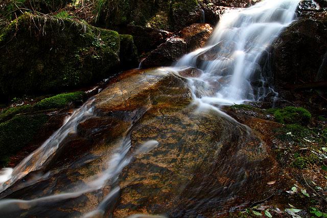 島根県安来市 伯太「鷹入の滝」
