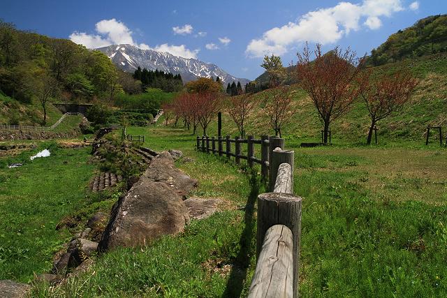 日野郡江府町貝田周辺~大山を望む