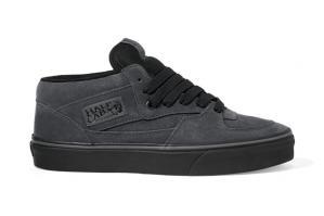wpid-vans-classic-2011-fall-dark-shadow-half-cab.jpg