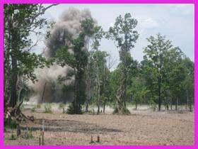 地雷の爆発