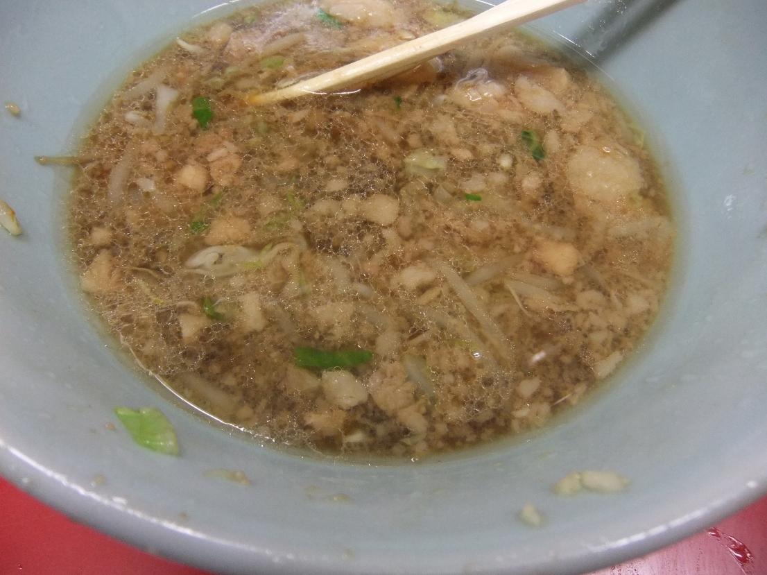 ラーメン二郎 中山駅前店:スープ 11.07.24