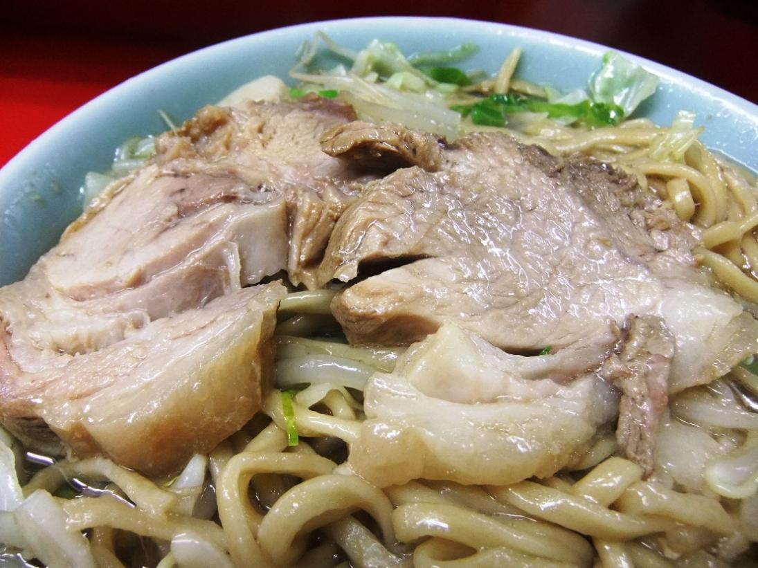 ラーメン二郎 中山駅前店:豚 11.08.20
