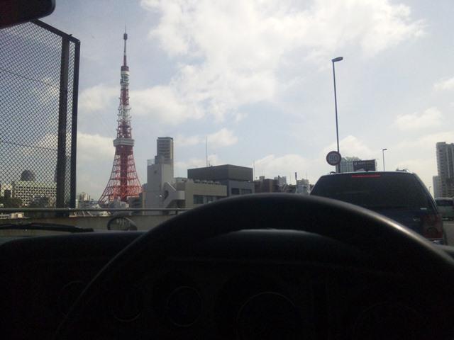 首都高から見た、東京タワー 昼間