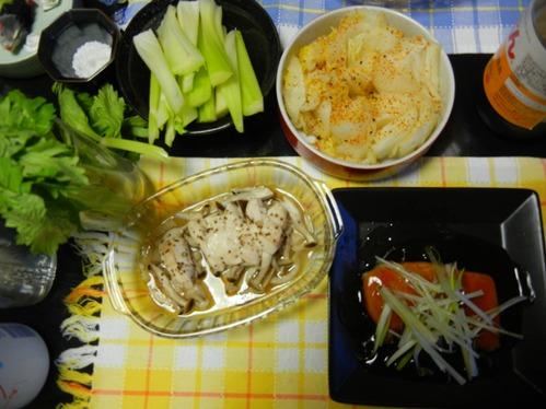 セロリ、白菜お新香、鶏と茸のホイル焼き、鱈の揚げ焼き甘酢あんかけ