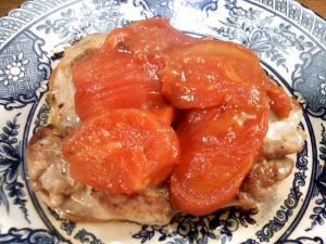 鳥の腿肉焼トマトソース添えスロヴェニア風
