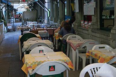 デルタカフェ