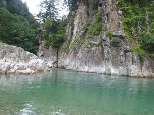 岩苔小谷先の淵