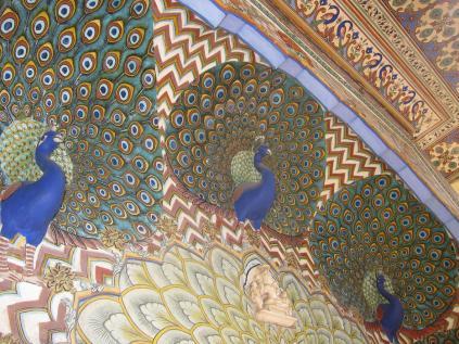 jaipur-palace1.jpg
