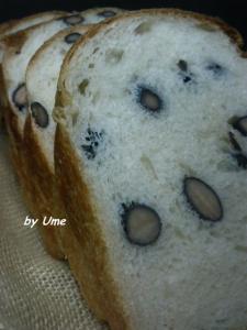 20090725黒豆食パン1