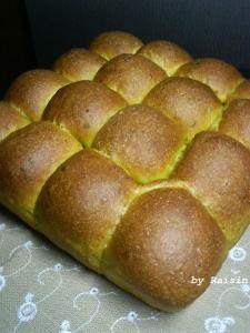 20090809かぼちゃのちぎりパン01jpg