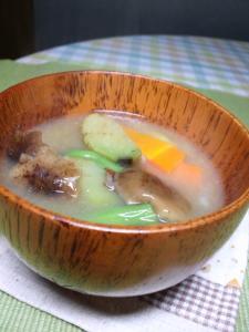 20111021味噌汁きのこ