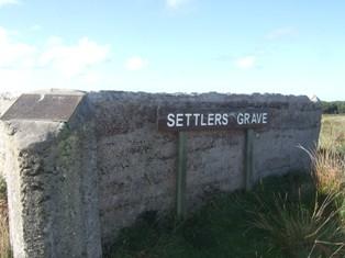 settelers grave