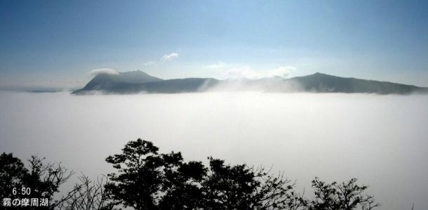 1霧の摩周湖のコピー