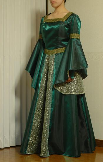dress2012223-1.jpg