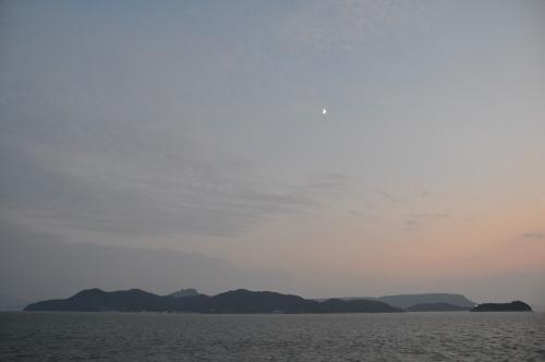 五剣山屋島三日月