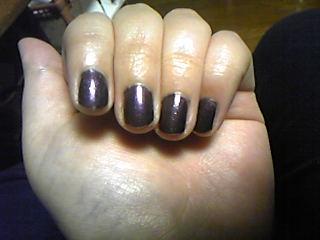 紫・・・なんだけど、光の関係で泥くさい色に・・・(涙)
