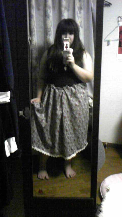 嫁用レトロワンピ・スカート部分。実際はパニエを履くつもりです。