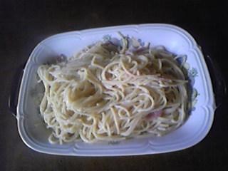 嫁手料理・最近カルボナーラの作り方を覚えたので練習中。