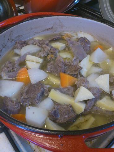 牛筋煮込み(鍋)